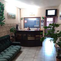 Hostel 3 Stars na Oktyabryskoy, hotel in Vitebsk