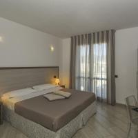 Hotel Lido Inn, hotel in Lido di Camaiore