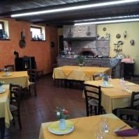 Agriturismo San Martino, hotell i Castiglione Tinella