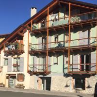 La Casa Di Martino, hotel in Cesana Torinese