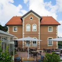 Carmella Boutique Hotel, отель в Хайфе