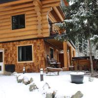 A Suite Retreat - Beyond Bed & Breakfast, hotel em Sun Peaks