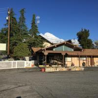 Holiday Lodge, hotel in Grass Valley