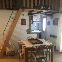 Family Home in Cerreto Laghi, hotel in Cerreto Laghi