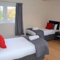 Kelpies Serviced Apartments Callum- 3 Bedrooms- Sleeps 6, hotel in Livingston