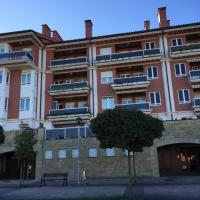 Apartamento Costa con Parking privado incluido, hotel in Zumaia