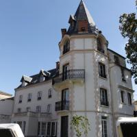 Château Les 4 Saisons、Saint-Cirgues-sur-Couzeのホテル