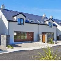 Corran Meabh Holiday Homes, hotel in Lahinch