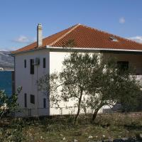 Apartments by the sea Arbanija, Ciovo - 1123