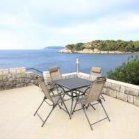 Apartments by the sea Stikovica, Dubrovnik - 4717, hotel em Zaton