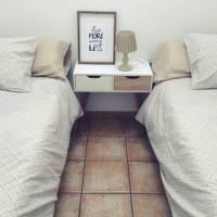 Apartamento cerca de Cambrils, hotel en Botarell