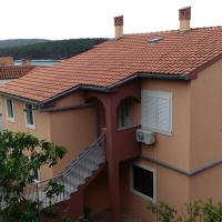 Apartments by the sea Brgulje, Molat - 6250, hotel in Brgulje
