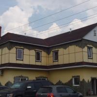 Рокбарс, отель в городе Raysemënovskoye