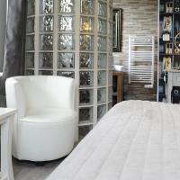 Logis L'Ayguelade, khách sạn ở Bielle