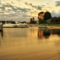 Waterfront Retreat, hotel em Carrum
