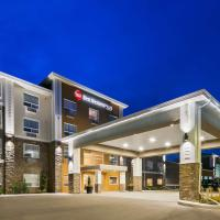 Best Western Plus Lacombe Inn and Suites, hotel em Lacombe