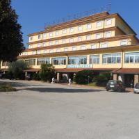 Grand Hotel Pavone, hotel in Cassino