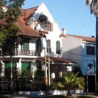 Santoral Restaurante y Posada, hotel in Atlántida