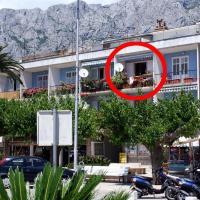 Apartments by the sea Makarska - 6843