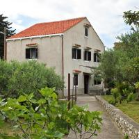 Holiday house with a parking space Sveti Jakov, Losinj - 7950, hotel in Nerezine