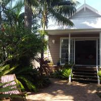 Lakeside Bungalow, hotel in Marks Point