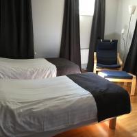 Hotell Hässlö, hotel near Stockholm Västerås Airport - VST, Västerås
