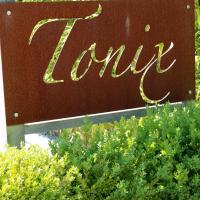 Tonix Boutique Accommodation, hotel in Lawrence