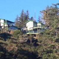 Sandcastle at South Beach, Savary Island, hotel em Savary Island