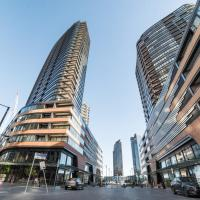 Melbourne Private Apartments - Collins Street Waterfront, Docklands, hotel in Docklands, Melbourne