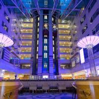 Hilton Paris Charles De Gaulle Airport, hotel near Paris - Charles De Gaulle Airport - CDG, Roissy-en-France