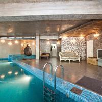 Коттедж в живописном месте, отель в городе Николина Гора