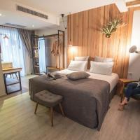 Family Tree Hotel, отель в городе Краби