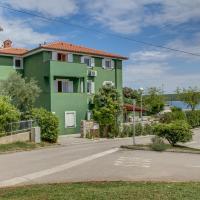 Apartments and rooms by the sea Nerezine, Losinj - 11815, hotel in Nerezine