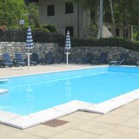 Gorgeous Apartment in Val di Ledro with private terrace, hotell i Molina di Ledro