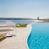 Lebay Beach Hotel, hotel in Larnaca