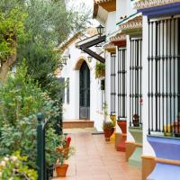 Casa Rural Los Pinos, hotel in Hinojos