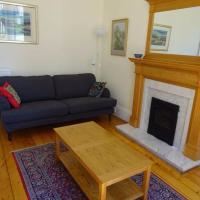 3 Bedroom Stockbridge Apartment Sleeps 5