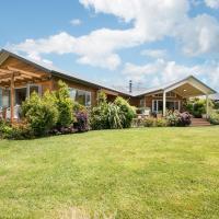 Kaimai Country Lodge, hotel in Katikati