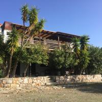 Vacation villa, family friendly & snooker room, hotel a Nerotriviá