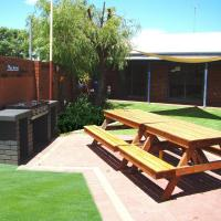 Dunsborough Inn Backpackers, hotel in Dunsborough