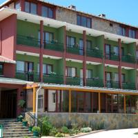 Rhebas Hotel, hotel in Riva