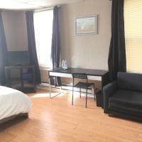 Affordable Room in Sweet Home House