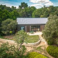 The Garden Cottage at The Olives, hotel em Yankalilla