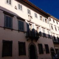 Palazzo Mari suite & rooms b&b, hotell i Montevarchi