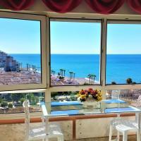 Romantico Apartamento con Vistas, отель в городе Альгарробо-Коста