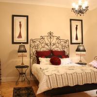 Azalea Cedar-Rose Barossa Valley Villa, hotel in Lyndoch