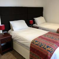 Waverley Hotel, hotel in Workington