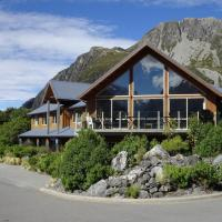 Aoraki Mount Cook Alpine Lodge