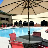 Cottonwood Suites Savannah Hotel & Conference Center, hotel in Savannah