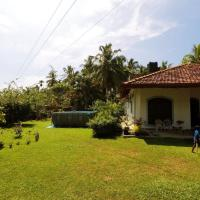 Methira Villa, hotel in Aluthgama